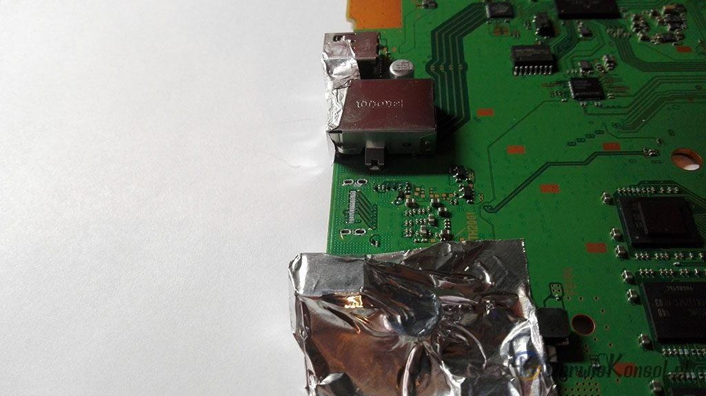 Przygotowanie płyty głównej do wlutowania gniazda HDMI