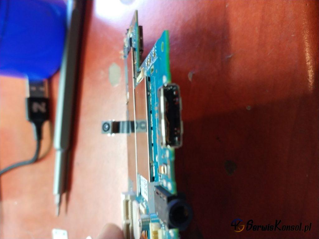 Uszkodzone gniazdo ładowania PS Vita